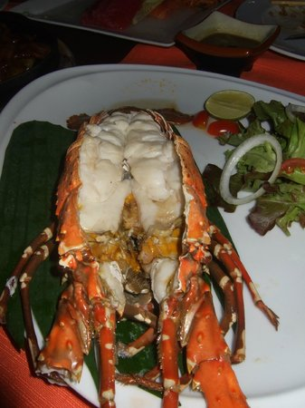 Lae Lay Grill:                   Baked Lobster in White Wine Sauce - FRESH!