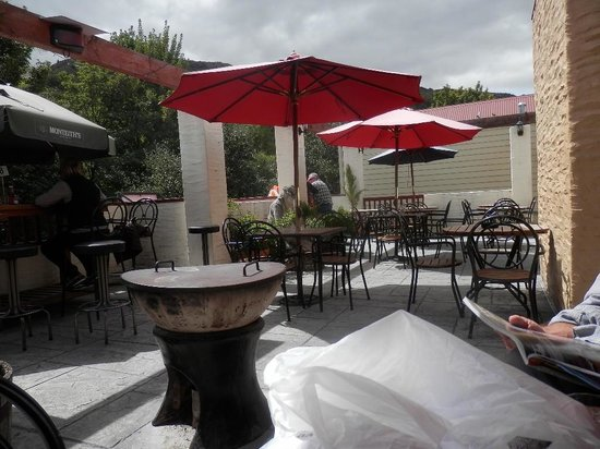 New Orleans Hotel:                   Back verandah/balcony