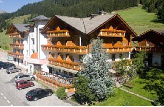 Photo of Feldrand Hotel Sarentino
