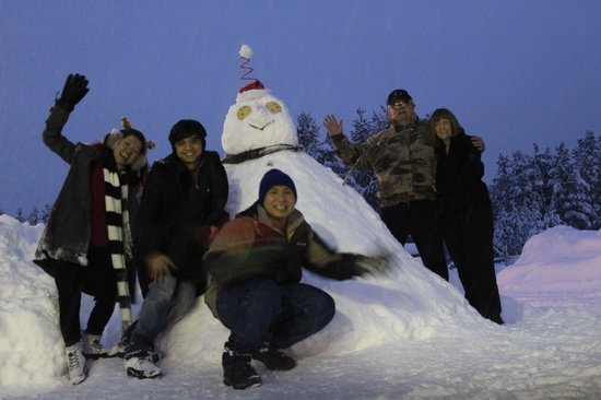 Willamette Pass Inn:                   Our snowman with Robert and Judith