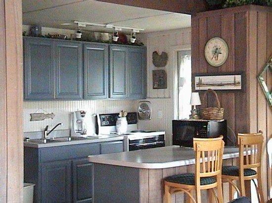 Homestead Log Cabins Photo