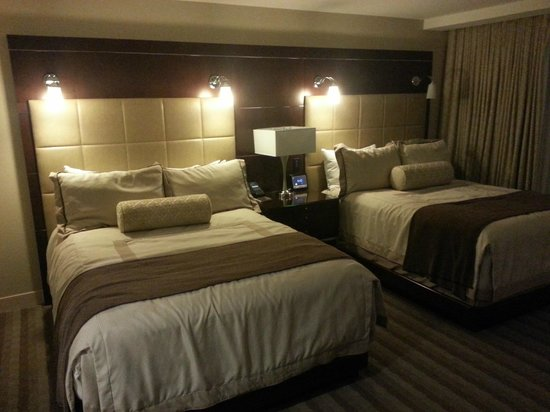 ARIA Resort & Casino:                   Excellent Bedding