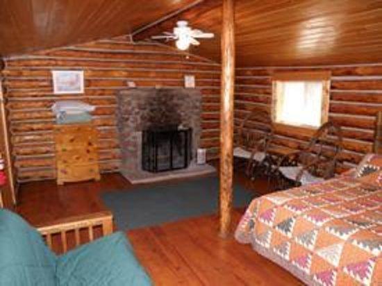 Wagon Box Inn & Cabins Photo
