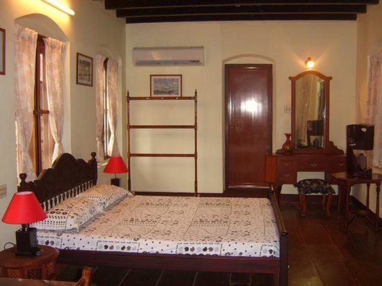 The Bungalow Heritage Homestay: Room São Gabriel: Heritage Double Room