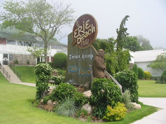 Port Dover, Canada: The Erie Beach Hotel