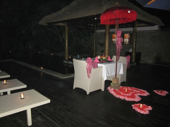 The Lokha Umalas Villas & Spa:                                     our romantic candle light dinner