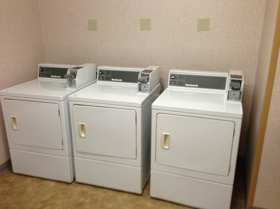 Residence Inn Charleston:                   Use dryer on the far RIGHT & will still take 3-cycles to dry!  Doors don't clo