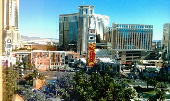 The Mirage Hotel & Casino:                   North wing room view