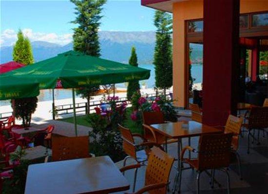 Photo of Hotel Enkelana Pogradec