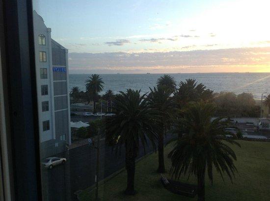 Novotel Melbourne St Kilda:                   St Kilda Bay room View
