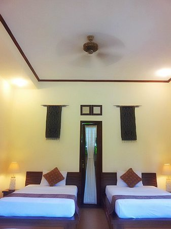 Ubud Lestari Bungalows:                   ROOM