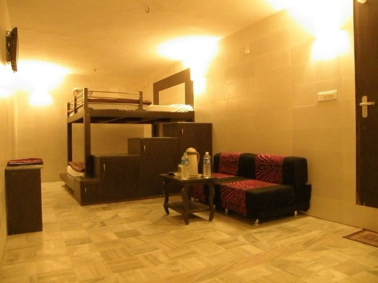 Golden Hotel: Family Room (Suited for 2 Adults & 2 Children)