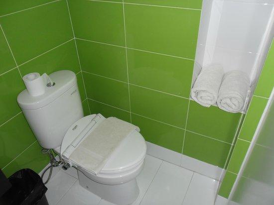 The Square Apartments & Arcade:                   Bathroom