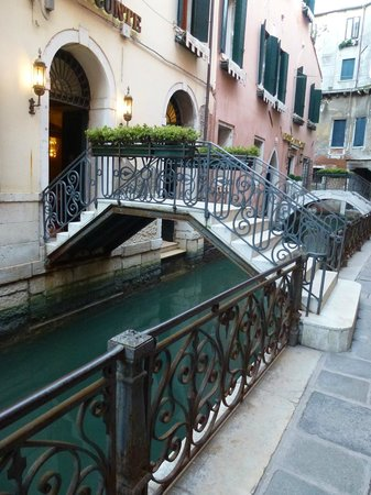 Hotel Ca' dei Conti:                   Entrance of hotel on the small canal