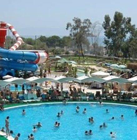 Gumuldur, Turquia: Yalı Castle Aquapark