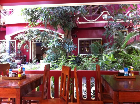 Bou Savy Guest House:                   Bou Savy Guesthouse