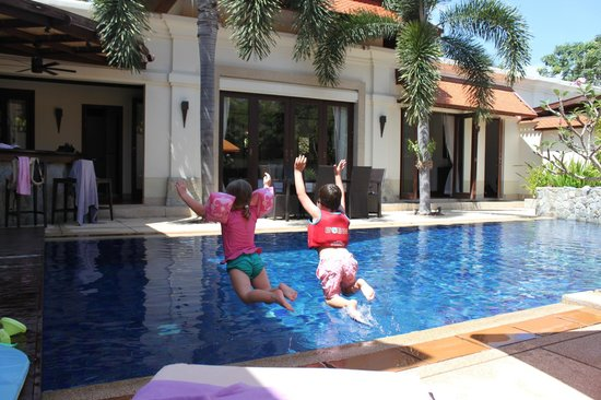 La Villa Rouge:                   Fun in the pool