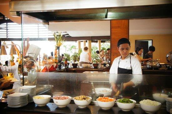 Henann Regency Resort & Spa:                                     Action Stations!!!