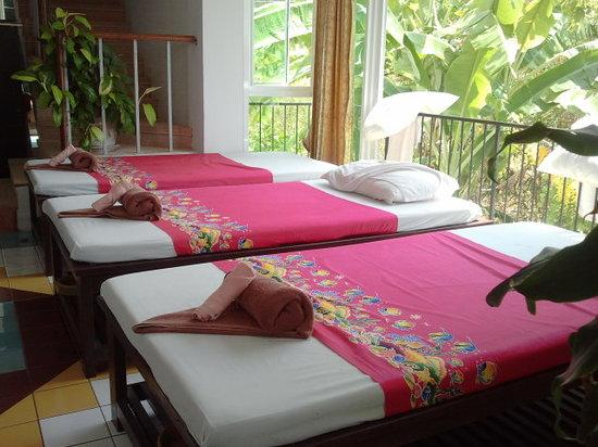 massage corner ao nang krabi Thailand