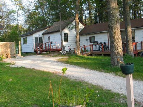 Photo of Abby's Cottage Sandy Pines Wasaga Beach