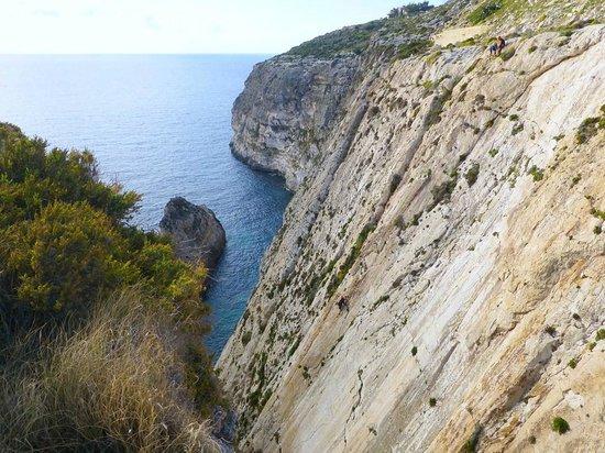 MC Adventure: Spot the climber! The beautiful sweep of Xaqqa Cliffs