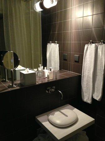 Hotel Skeppsholmen:                   Room 232 - Bathroom                 