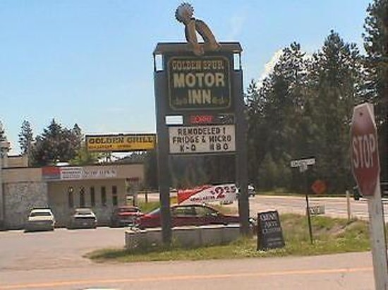 Golden Spur Motor Inn Photo