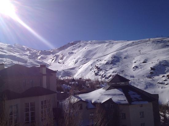 Hotel Ziryab:                   vista desde el lateral del hotel