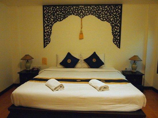 WangBurapa Grand Hotel:                   เตียงนอน
