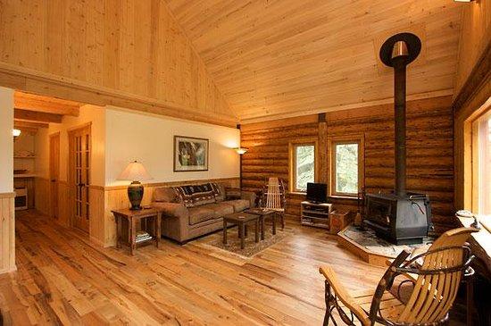 Изображение Tustumena Ridge Cabins