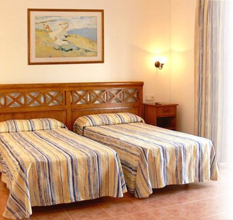 hostal roca plana bewertungen fotos preisvergleich es pujols spanien. Black Bedroom Furniture Sets. Home Design Ideas