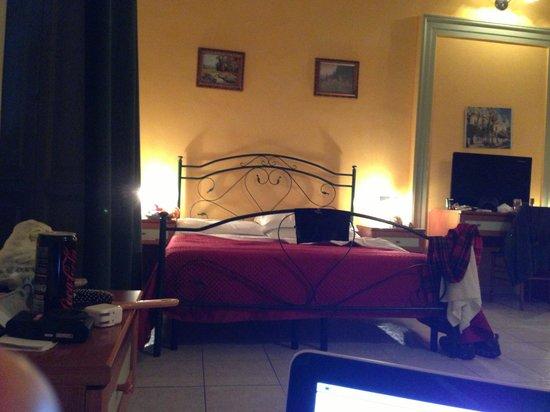 Hotel Biscari:                   Spacious