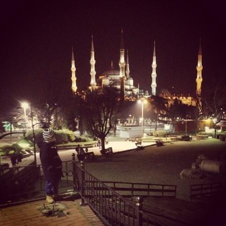 هوتل بروكن كولومن:                   Sultanahmet moske nær hotellet                 