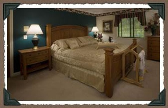 Acorn Bed and Breakfast at Mills River Image