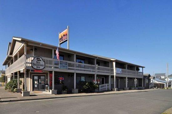 Sea Treasures Inn