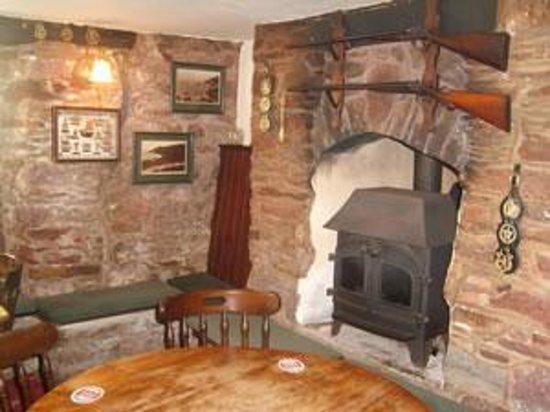 Potret Halfway House Inn