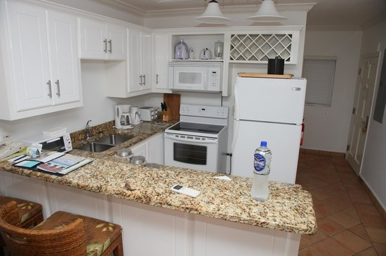 Windjammer Landing Villa Beach Resort:                   Kitchen area