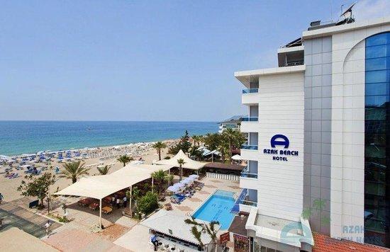 Azak Beach Hotel: Outside area