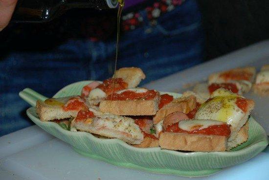 Bar Gioia:                   il Crostone .... mitico!!!