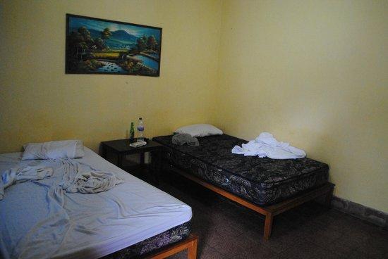Mertha Jati Hotel :                   the room