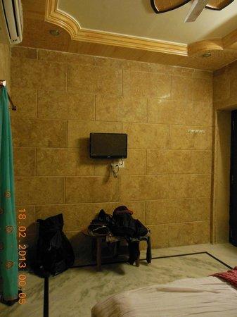 Mystic Jaisalmer Hotel:                   Standard room 2