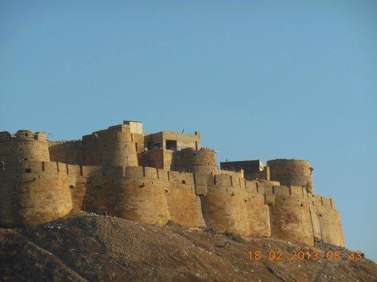 Mystic Jaisalmer Hotel:                   Fort view