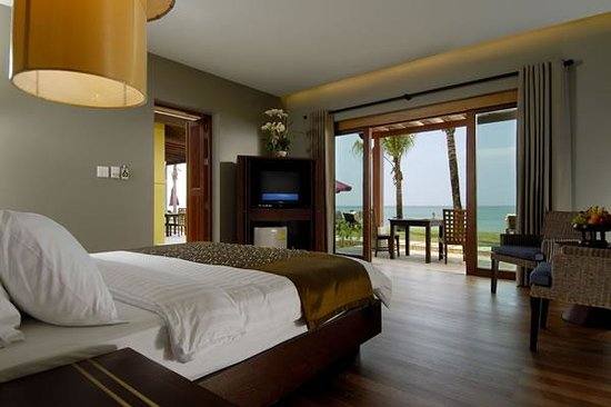 Photo of Chongfah Beach Resort Khao Lak