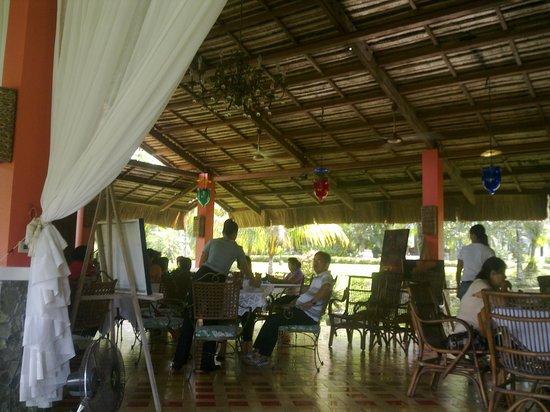 Rafael Farms Garden Restaurant:                   the restaurant.