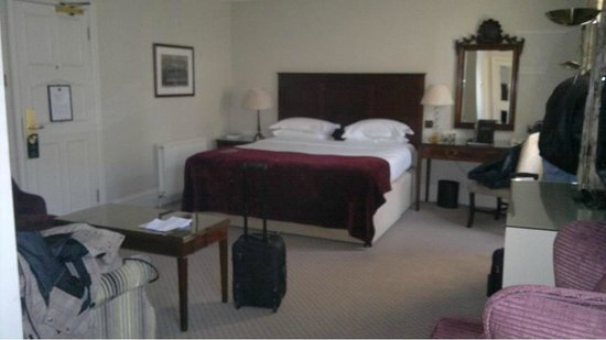 Macdonald Randolph Hotel:                   Room
