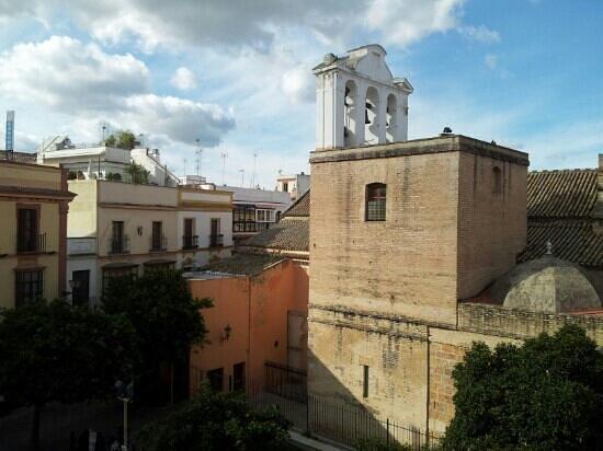 Hostel One Sevilla Centro:                   vista dalla finestra