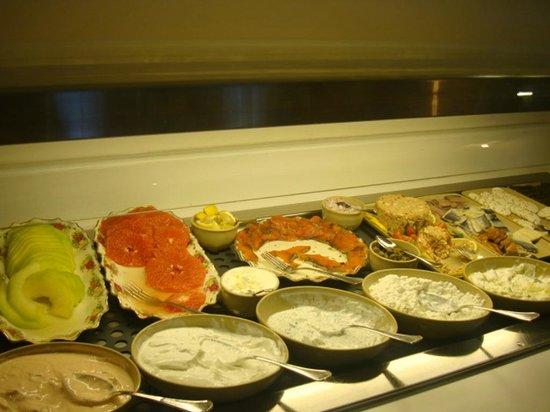 Shalom Hotel & Relax Tel Aviv - an Atlas Boutique Hotel:                   И снова завтрак