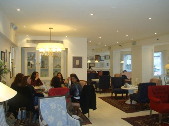 Shalom Hotel & Relax Tel Aviv - an Atlas Boutique Hotel:                   Лобби-ресторан