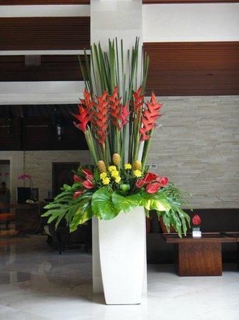 Griya Santrian:                   Lobby flower arrangement