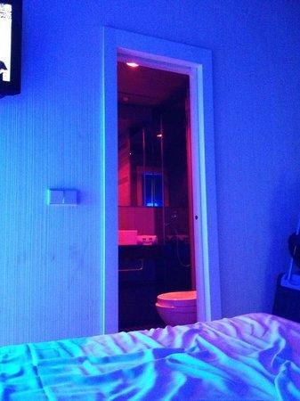 Cosy Rooms Embajador:                   bagno